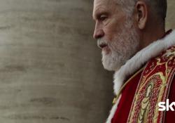 «The New Pope», le primissime immagini della serie firmata da Sorrentino Il teaser dell'attesa produzione che debutterà in esclusiva per l'Italia su Sky a gennaio - Corriere Tv