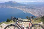 Dal Vesuvio all'Etna in bicicletta, parte la Two Volcano Sprint