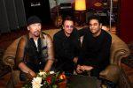 "Tornano gli U2 con ""Ahimsa"": nuovo singolo insieme al musicista indiano Rahman"