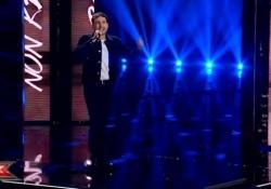"""X Factor, ecco l'inedito del favorito Eugenio Campagna Il brano intitolato """"Cornflakes"""" è stato presentato nella puntata del 21 novembre - Ansa"""