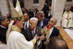 Alla messa di Natale di Betlemme anche il presidente palestinese Abu Mazen