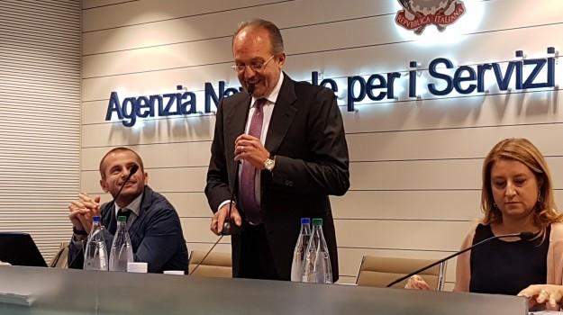 sanità, Francesco Bevere, Catanzaro, Calabria, Economia