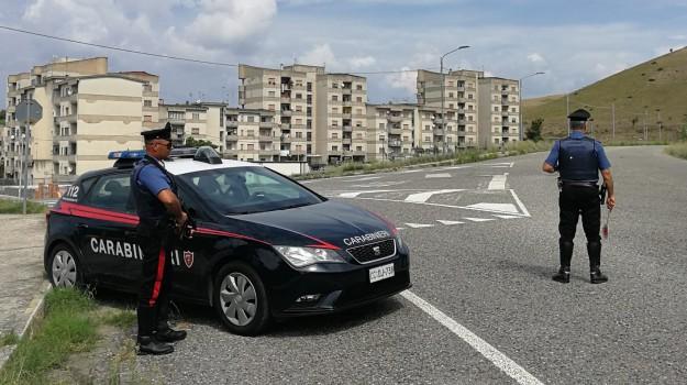 carabinieri, denunce, guida senza patente, stupefacenti, Catanzaro, Calabria, Cronaca