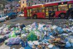 Cosenza senza soldi in cassa, con strade sporche e comunali in ansia per stipendi