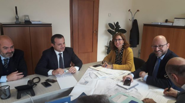 depuratore tono, messina, Cateno De Luca, Messina, Sicilia, Economia
