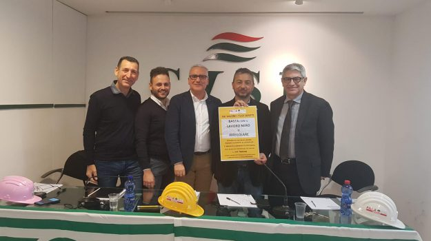 edilizia, lavoro nero, sindacati, Messina, Sicilia, Economia