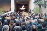 Milazzo in lacrime per l'ultimo saluto a Claudio Paci