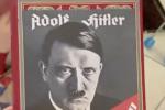 """Nonno confonde Minecraft con """"Mein Kampf"""" e regala al nipotino il libro di Hitler: ma è uno scherzo"""