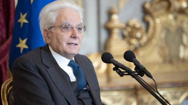 evasione fiscale, Sergio Mattarella, Sicilia, Politica