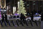 """Assalto armato nel centro di Mosca, ci sono morti: """"È terrorismo"""""""