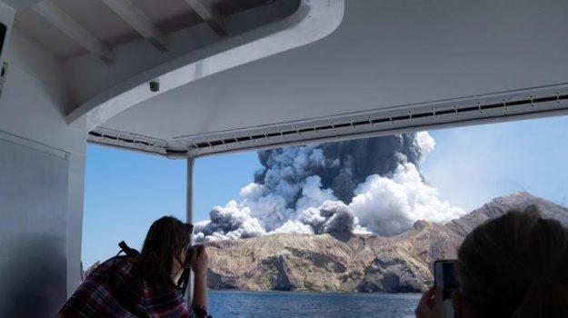 eruzione, nuova zelanda, Sicilia, Mondo