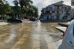 Maltempo, l'acqua invade la piazza della frazione di San Giorgio a Gioiosa Marea