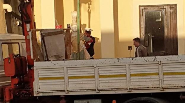 'ndrangheta, guardavalle, statua di guardavalle, Pino Ussia, Vittorio Brumotti, Wanda Ferro, Catanzaro, Calabria, Cronaca