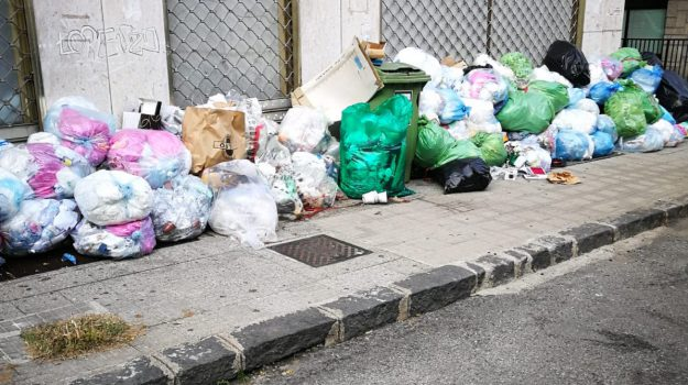 cosenza, emergenza, rifiuti, Cosenza, Calabria, Cronaca