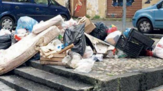 disagi, discarica, rifiuti, Carmine Vizza, Cosenza, Calabria, Cronaca