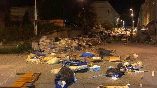 protesta, rifiuti, rifiuti reggio, Reggio, Calabria, Cronaca