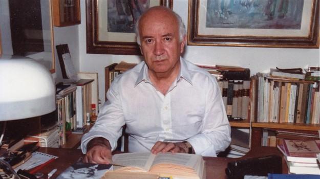 libreria, scrittore, strati, Corrado Alvaro, Saverio Strati, Messina, Sicilia, Cultura
