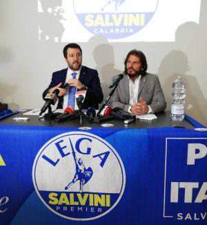 """Salvini in Calabria: """"Qua vinciamo con qualsiasi candidato"""" - Video"""