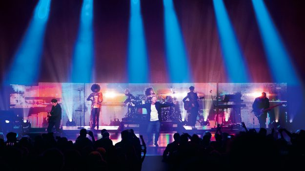 I Simple Minds celebrano i 40 anni di carriera al Teatro Antico di Taormina