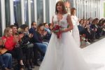 Vladimir Luxuria modella per un giorno: le foto della sfilata in abito da sposa