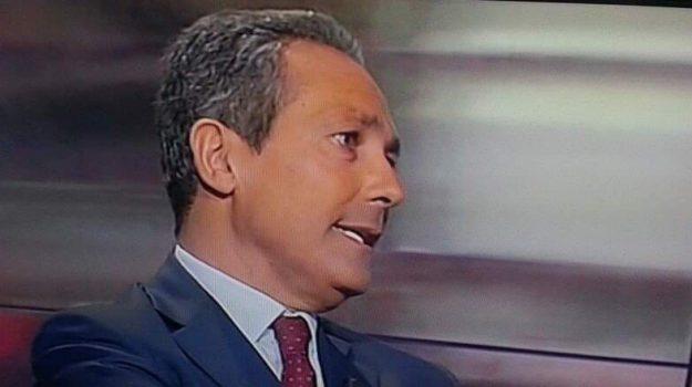 comune, Cateno De Luca, Vincenzo Garofalo, Messina, Sicilia, Politica