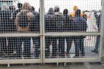 Blocco in mattinata al Porto di Gioia Tauro, protesta improvvisa dei migranti di San Ferdinando
