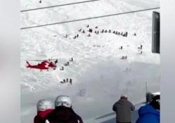 Andermatt: valanga travolge gli sciatori sulla pista Sei persone sono state travolte dalla coltre nevosa, due sono rimaste ferite - CorriereTV