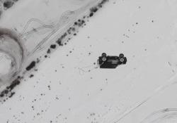 Butta il suv dall'elicottero perché lo ha deluso: l'auto si disintegra all'impatto con il suolo La provocazione di un miliardario russo insoddisfatto della sua ultima auto - Dalla Rete