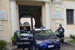 Anziano picchiato e segregato a Cosenza, i carabinieri arrestano la badante