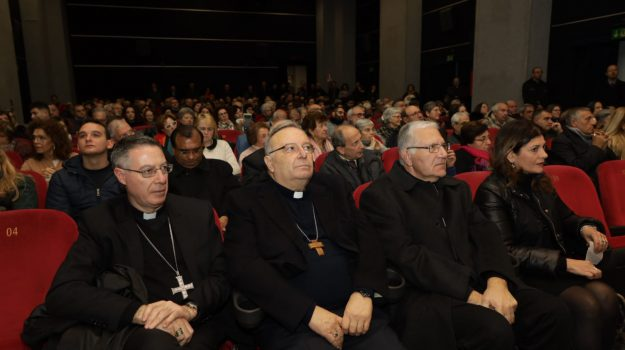 caritas, Francesco Montenegro, giovanni accolla, Nino Basile, Messina, Sicilia, Cronaca