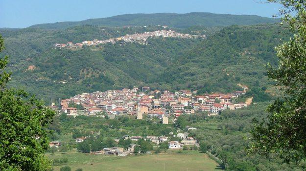 Claudio Gentile, Catanzaro, Calabria, Società
