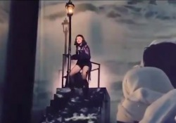 «Dolore indescrivibile», Madonna in lacrime cancella il prossimo concerto A causa delle lesioni alle articolazioni durante la tappa di «Madame X» a Miami - Corriere Tv