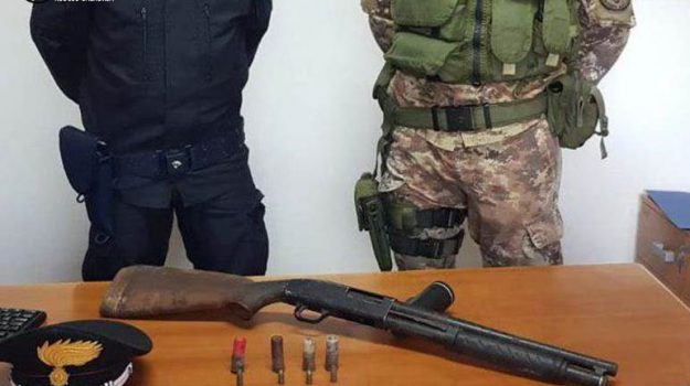 carabinieri, controlli, fucile, Gaetano Cipolla, Reggio, Calabria, Cronaca