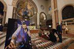 Duomo di Messina gremito per l'addio a Elio Finocchiaro: l'ultimo saluto al re della movida - Foto