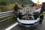 Incidente a Settingiano, perde il controllo dell'auto e si ribalta