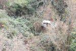 Incidente a Tortorici, auto esce di strada e finisce nella vallata: grave un 30enne
