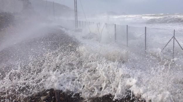 maltempo, meteo, vento, Messina, Sicilia, Cronaca