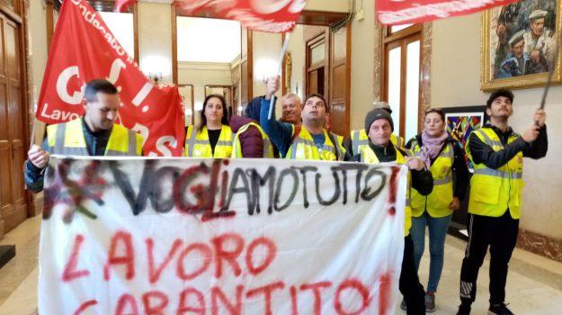 borsisti, lavoro, Cateno De Luca, Dafne Musolino, Messina, Sicilia, Politica