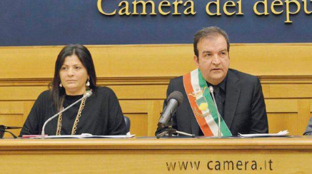 comune, cosenza, palazzo dei bruzi, Jole Santelli, Mario Occhiuto, Cosenza, Calabria, Politica