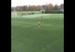 Olanda, segna da centrocampo con un pallonetto Per Yoram Boerhout potrebbe essere il gol dell'anno - Dalla Rete