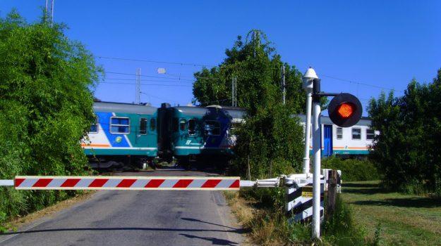 regione siciliana, treni ferrovie, Nello Musumeci, Sicilia, Economia