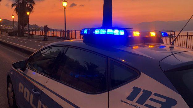 aggressione, misure cautelari, polizia, Francesco Lo Presti, Giuseppe Maiorana, Silvana Cambria, Simone Italiano, Messina, Sicilia, Cronaca