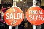 """Saldi, avvio flop in Sicilia: per il 64% dei commercianti prima settimana """"deludente"""""""