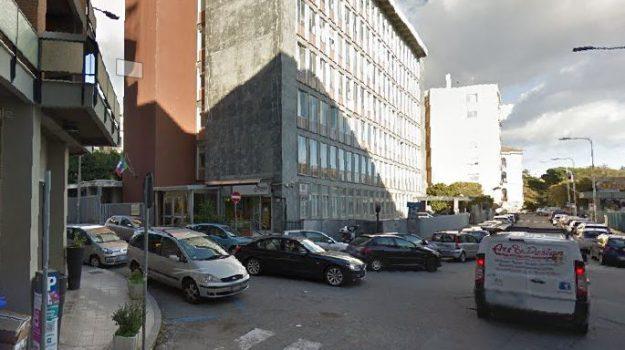 Aula, freddo, pascoli, scuola, Catanzaro, Calabria, Politica