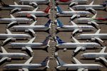 """Boeing, le mail choc dei dipendenti: """"737 Max progettato da clown e controllato da scimmie"""""""