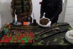 Armi, munizioni e droga in un muretto a secco di Sant'Ilario, scatta il sequestro