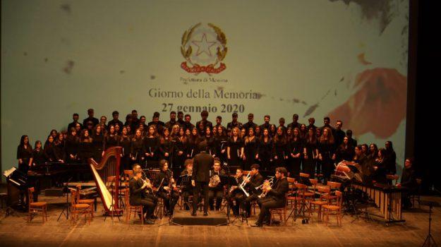 Giornata della memoria, a Messina concerto degli studenti del liceo Ainis