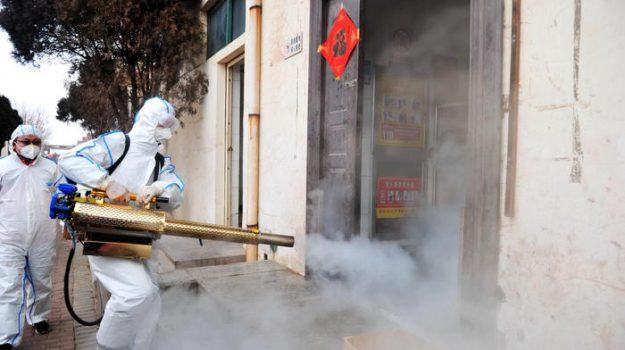 """Coronavirus, il piano per far tornare gli italiani da Wuhan è pronto: """"La fine di un incubo"""""""