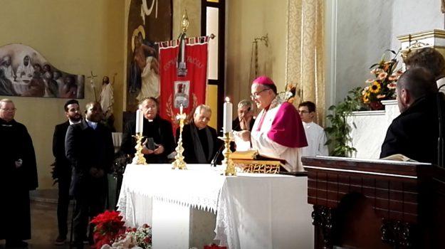 arcivescovo crotone, crucoli, Angelo Raffaele Panzetta, Catanzaro, Calabria, Cronaca