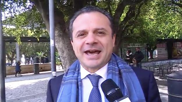 coronavirus, sindaco di messina, trasporti, Cateno De Luca, Messina, Sicilia, Politica